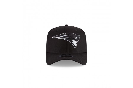 NEW ENGLAND PATRIOTS  BLACK AND WHITE 9FIFTY STRETCH  SNAPBACK - Sale