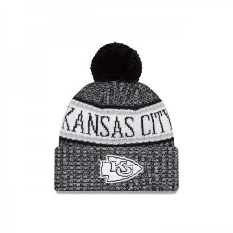 KANSAS CITY CHIEFS BLACK AND WHITE COLD WEATHER SPORT KNIT