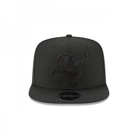 TAMPA BAY BUCCANEERS BLACK ON BLACK HIGH CROWN 9FIFTY SNAPBACK - Sale