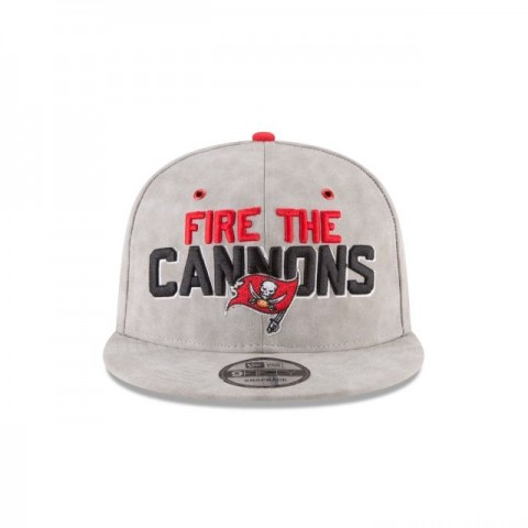 TAMPA BAY BUCCANEERS SPOTLIGHT PREMIUM 9FIFTY SNAPBACK